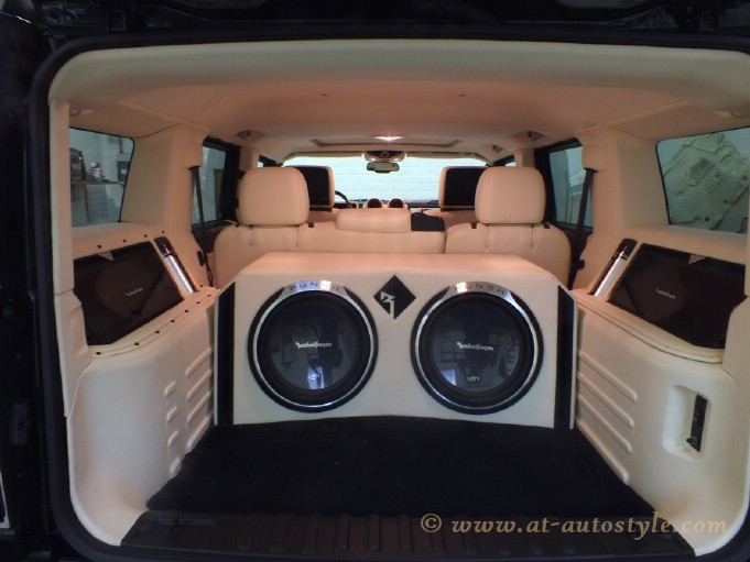 Hummer H2 Interior 3 AT Autostyle