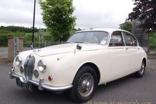 Jaguar Mk2 interior