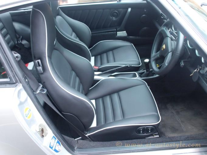 Porsche 911 seats a t autostyle for Porsche 911 interieur