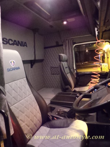 Floor Mats Car >> Scania 143 interior | A&T Autostyle