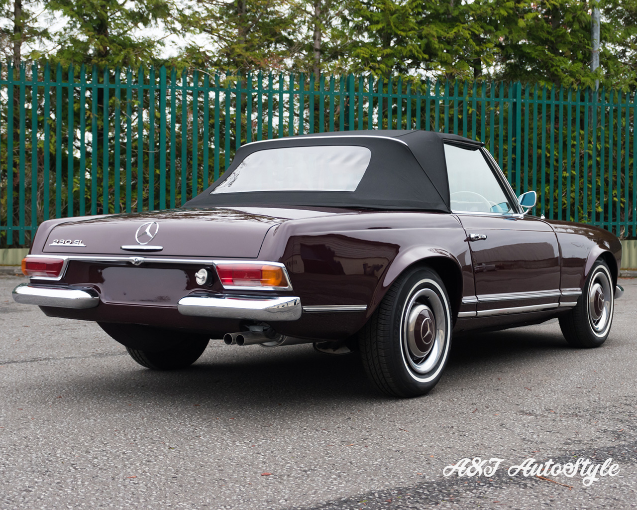 Mercedes Benz 230 Sl Re Trim Leather And Soft Top A Amp T